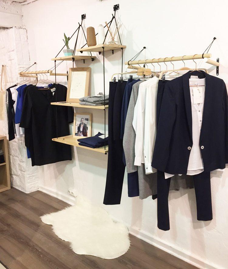 Garde robe minimaliste atode marque fran aise pour femmes for Etre minimaliste