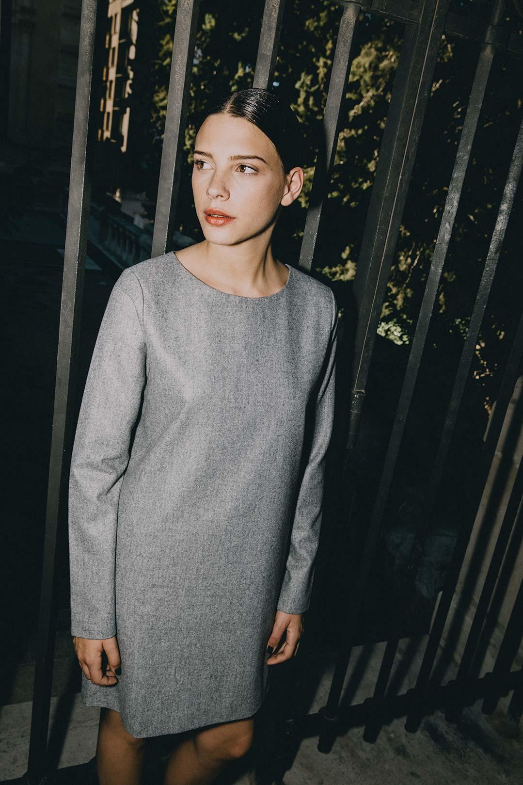 Robe droite en laine grise chinée Carolyne