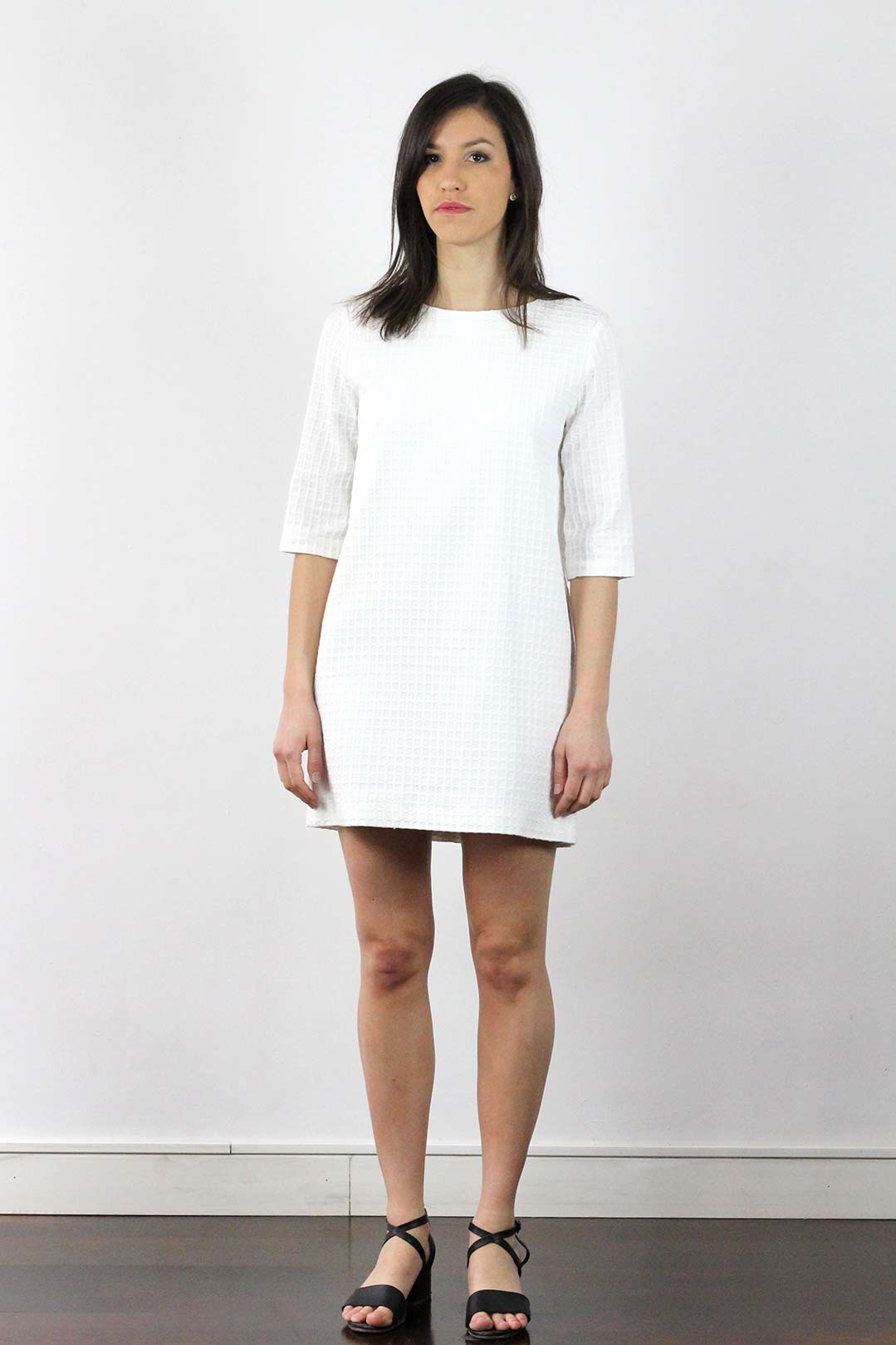 Robe blanche manches 3 4