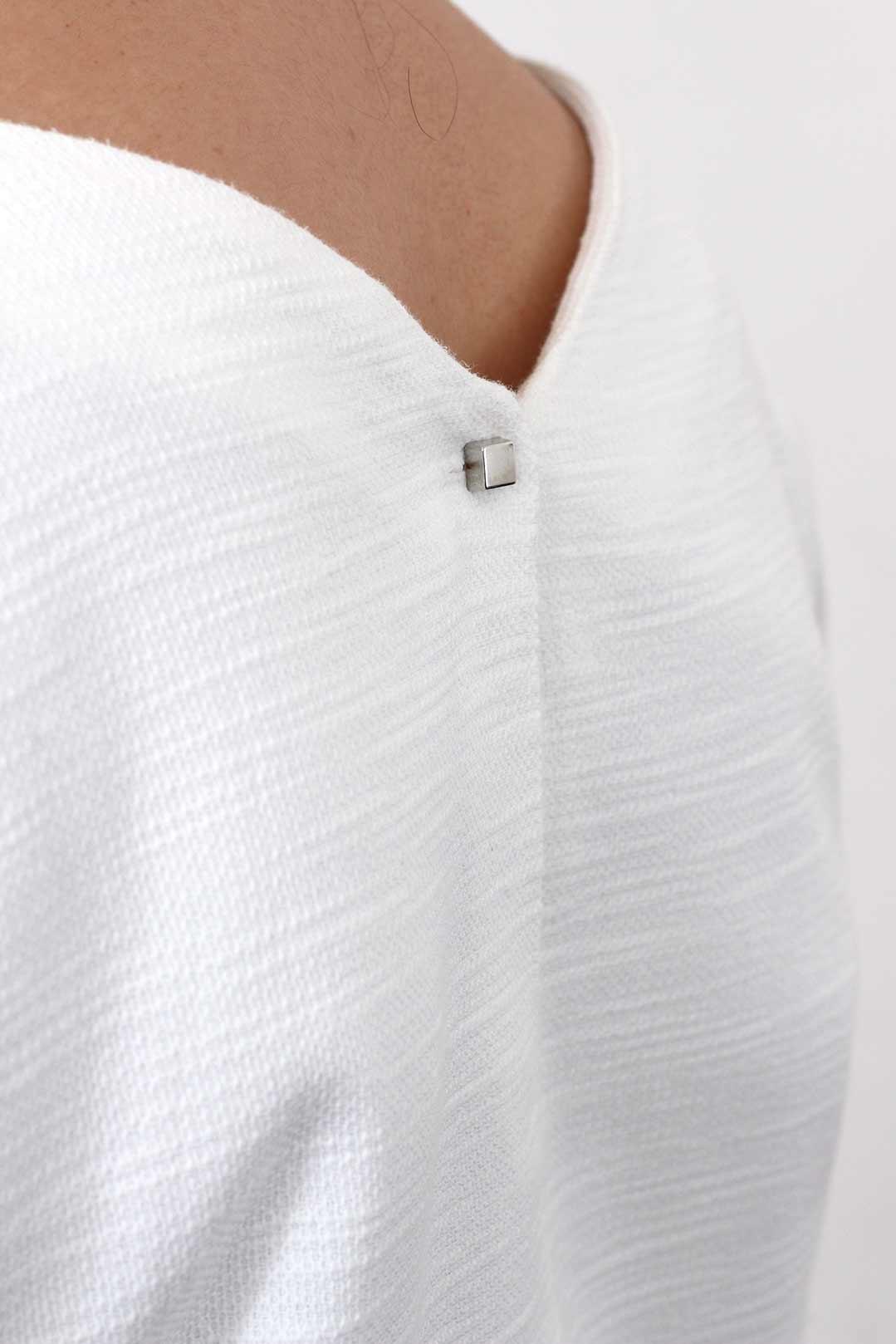 Robe droite blanche 4
