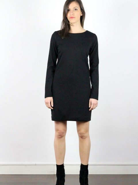 Robe laine noire manche longue