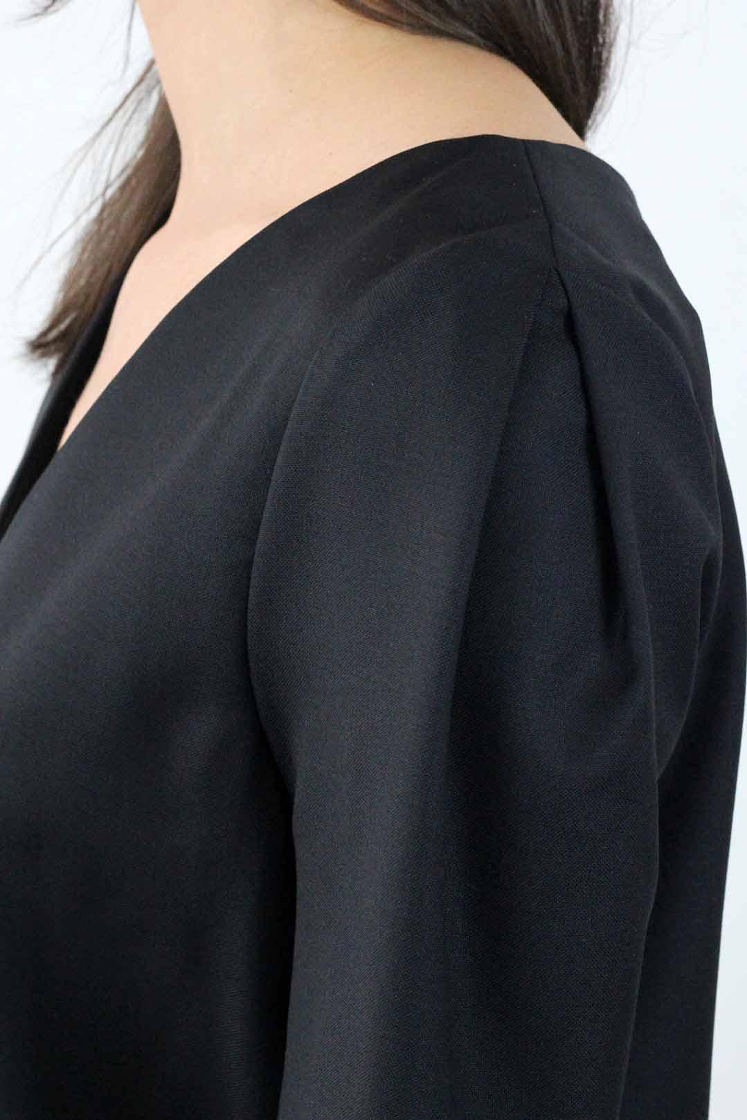 robe droite noire manche 3:4 6