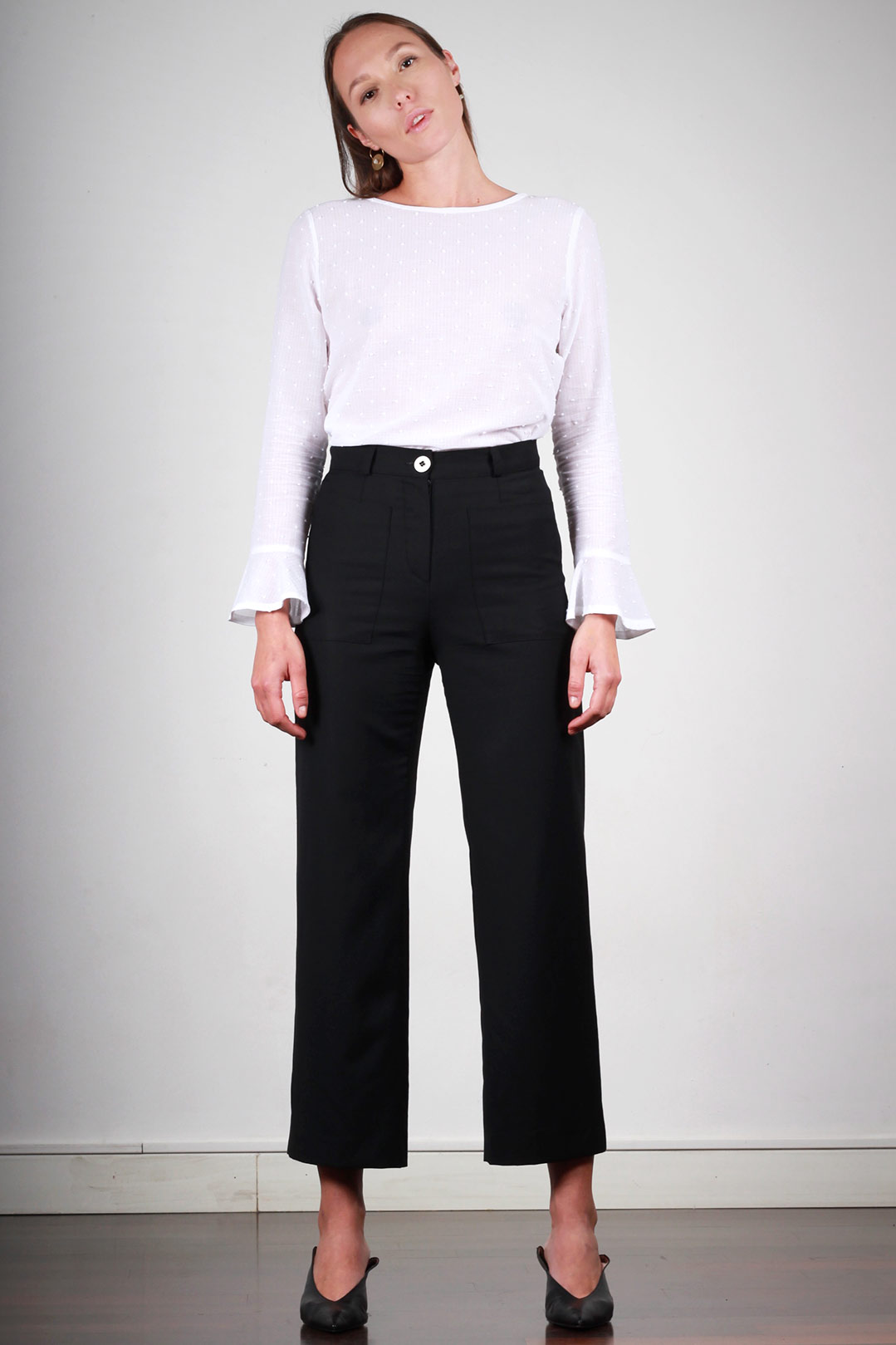 pantalon large femme taille haute en laine noire made in france atode. Black Bedroom Furniture Sets. Home Design Ideas