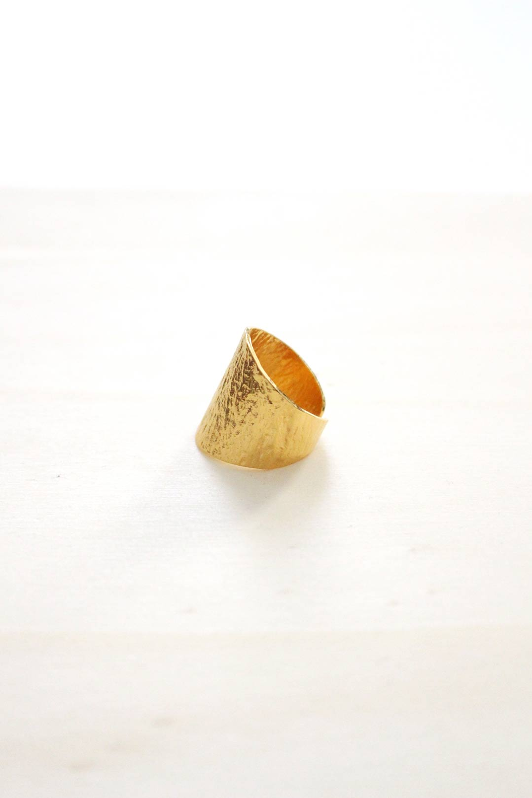 bague-martelé-plaqué-or-2