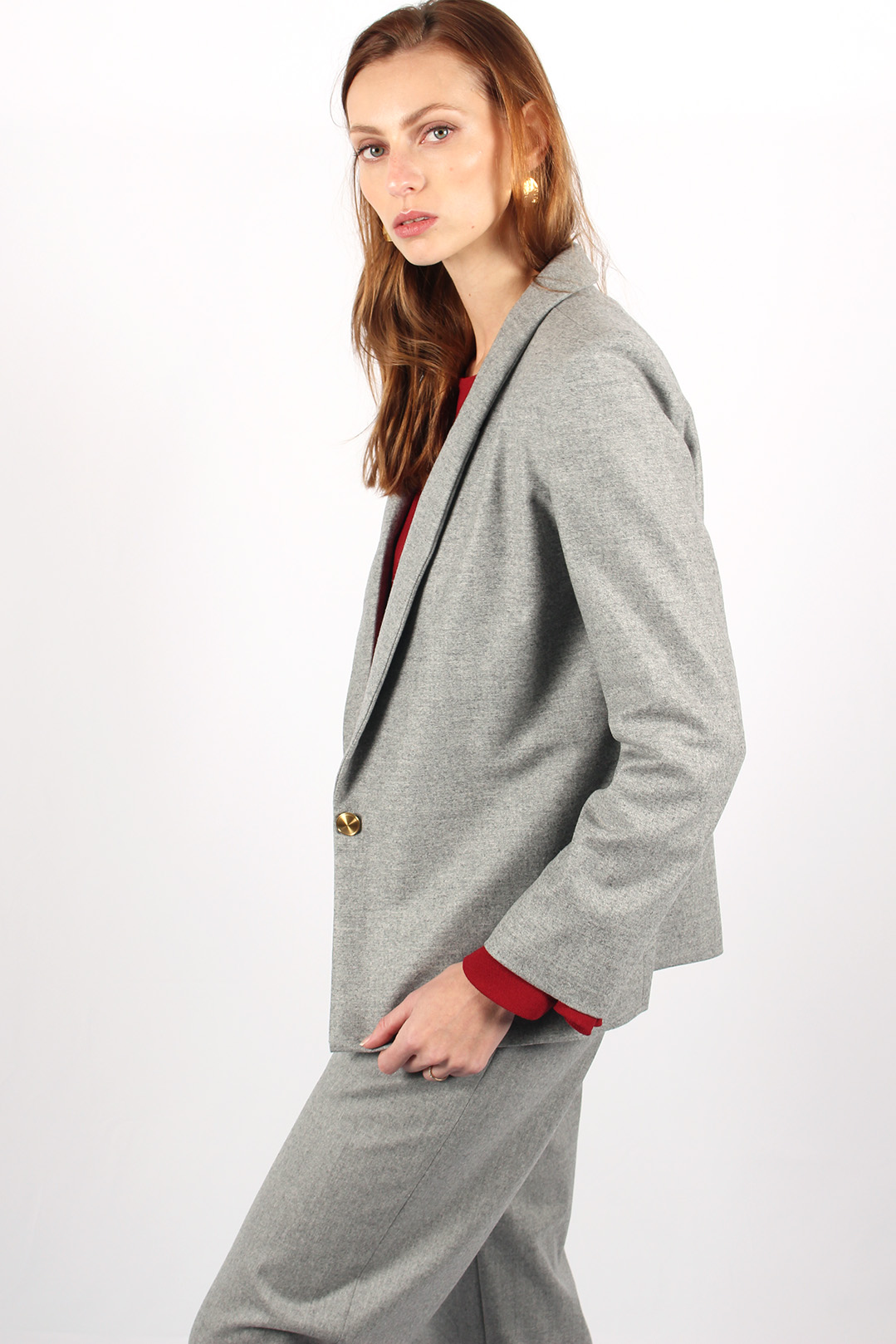 veste tailleur grise 10