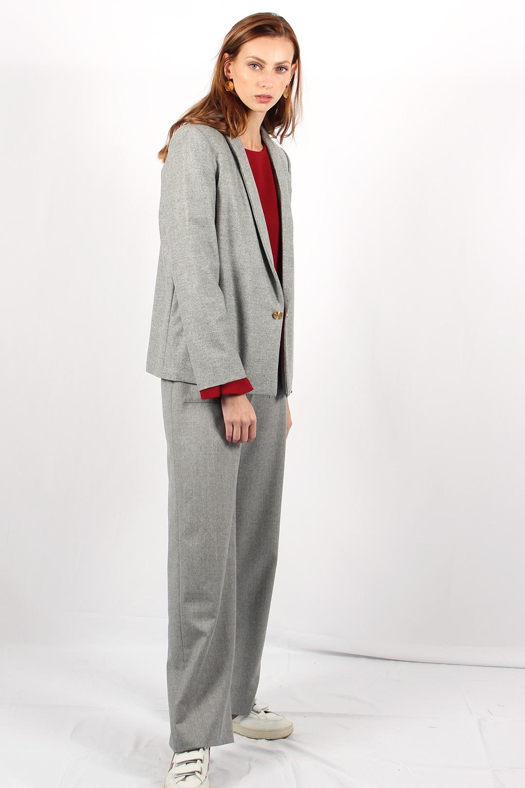 veste tailleur grise 12