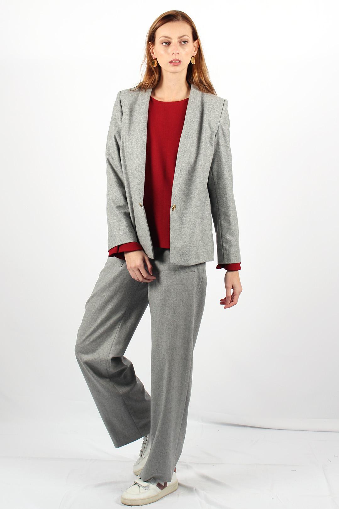 veste tailleur grise 19