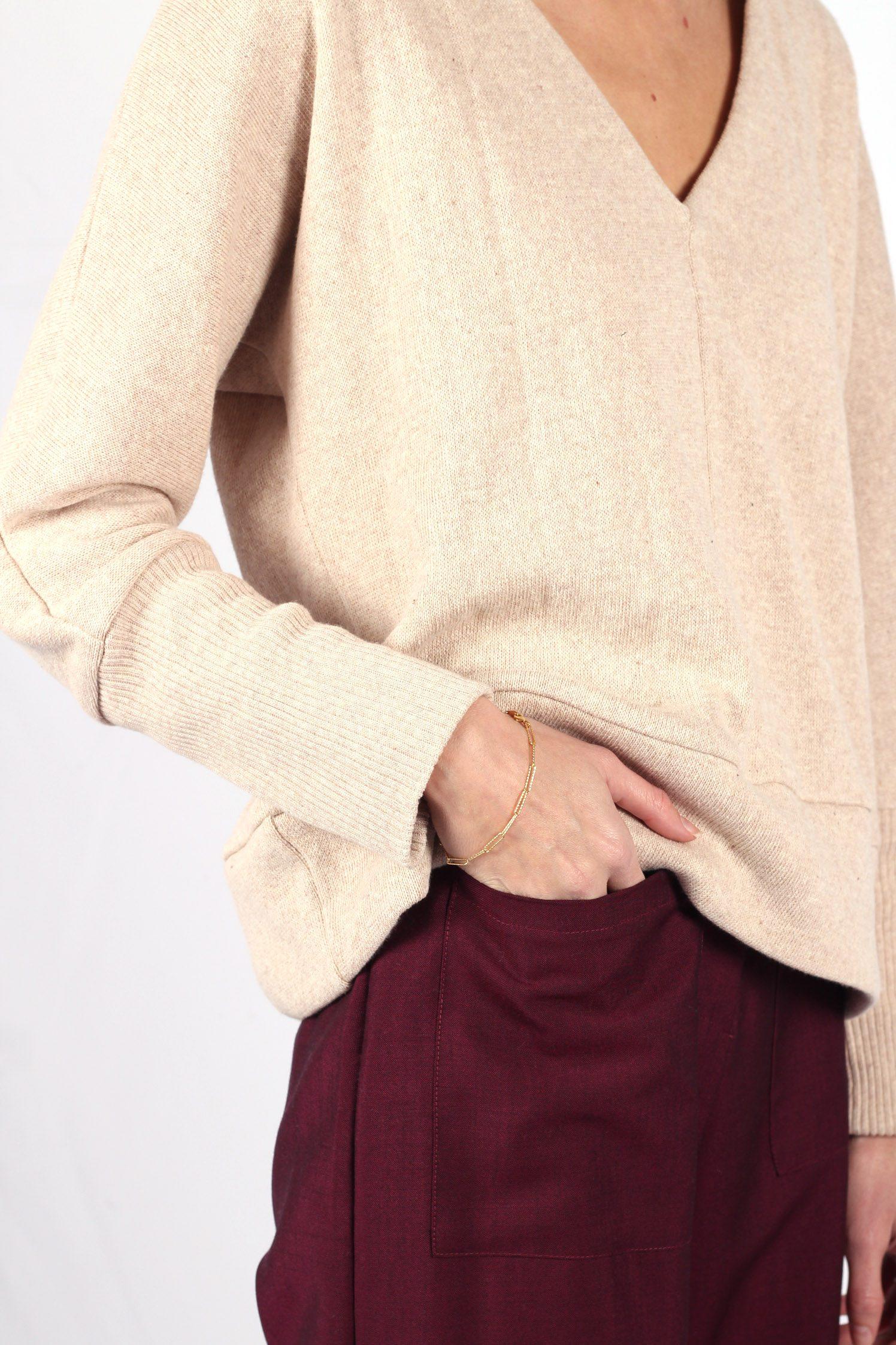 Pull beige femme col V en coton18