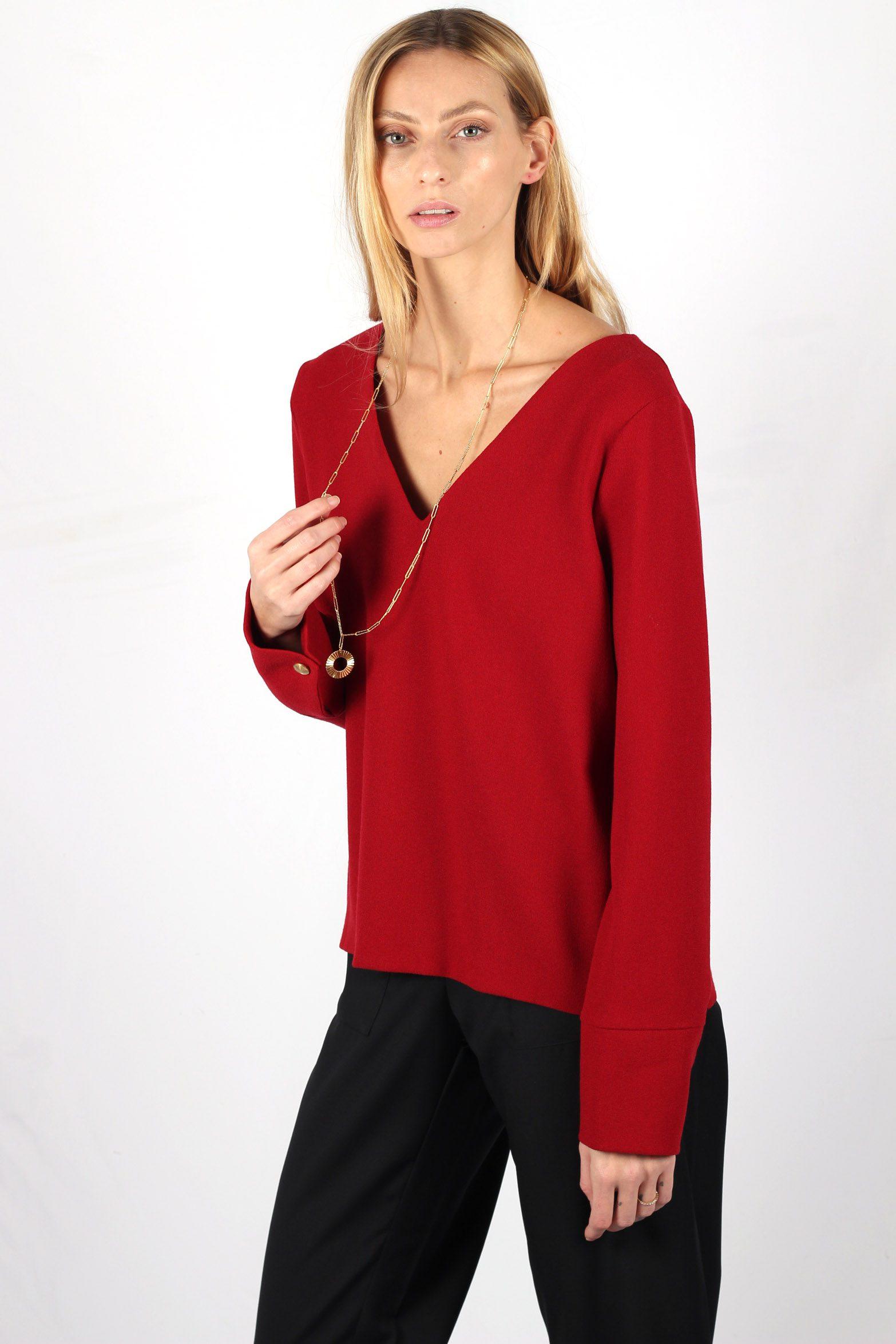 Pull rouge en crêpe de laine4