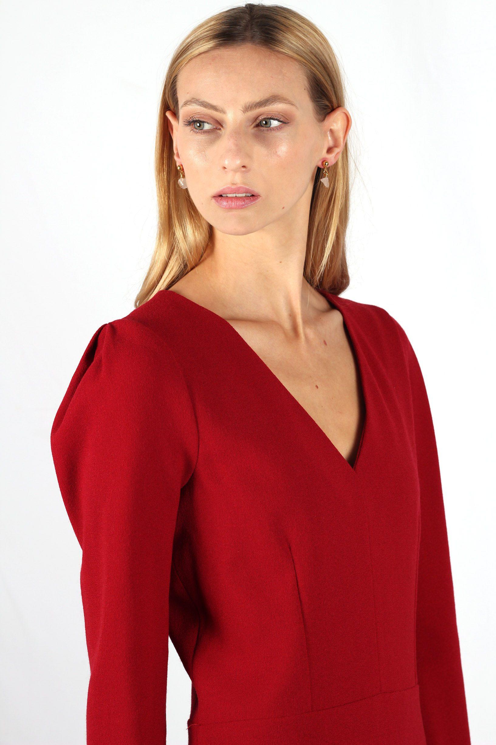 robe rouge cintrée en crêpe de laine6