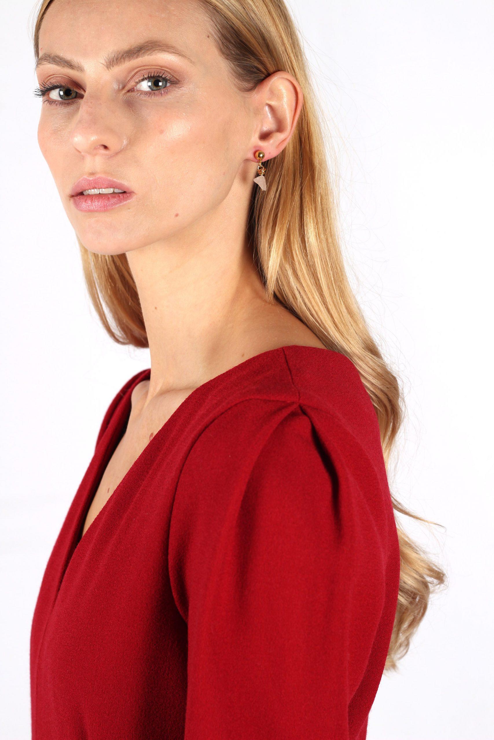 robe rouge cintrée en crêpe de laine7