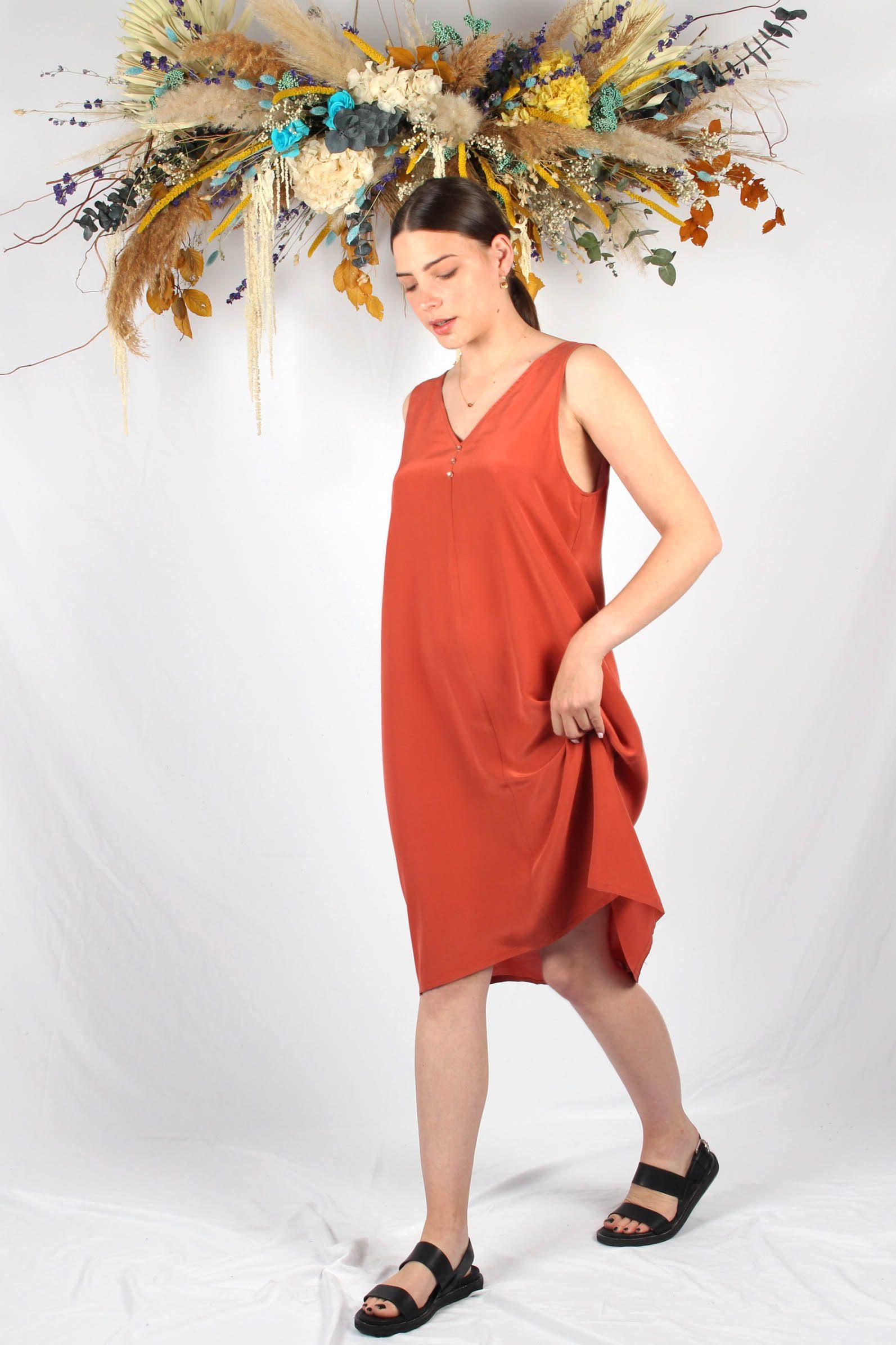 robe en soie terracotta mi longue3