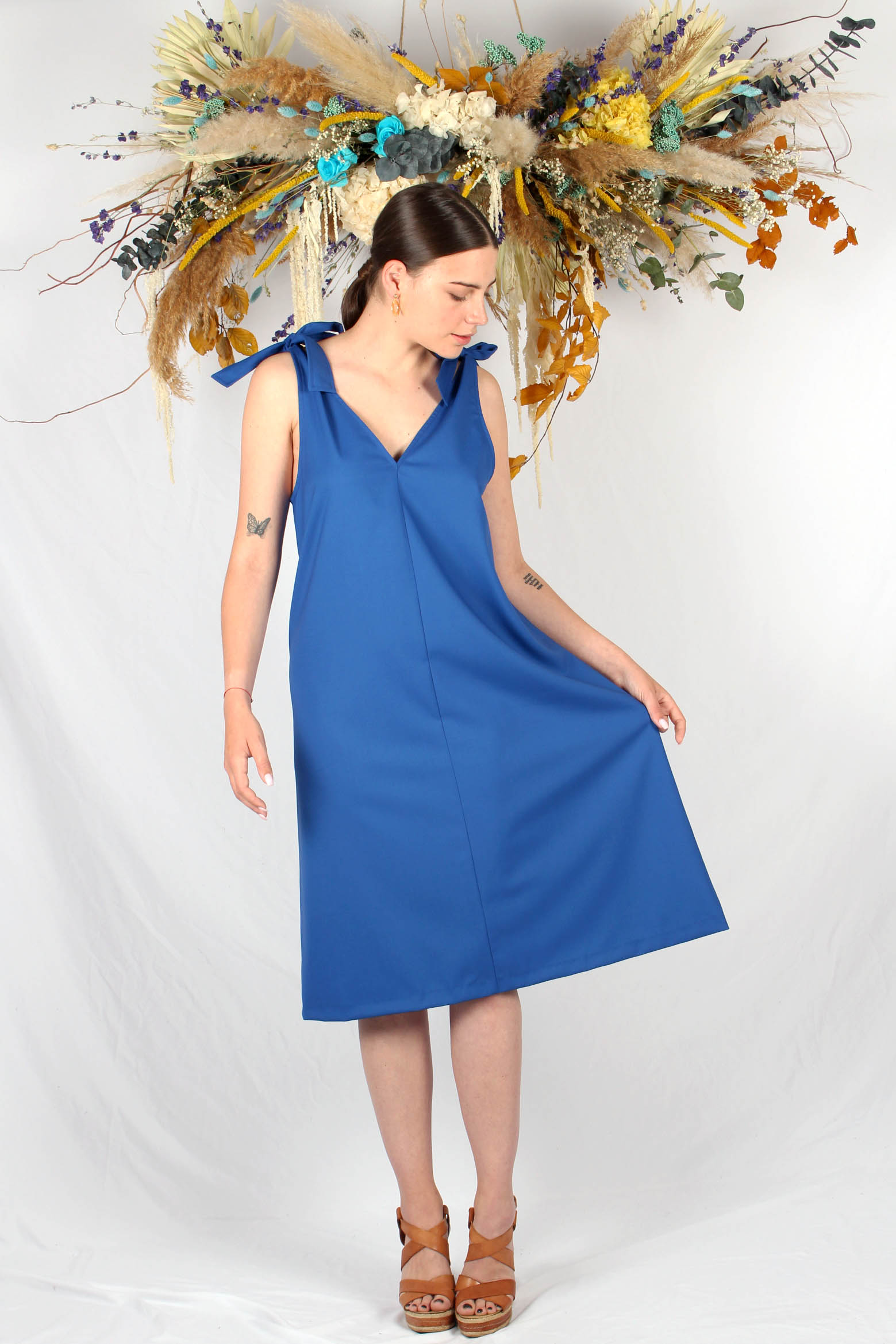 robe mi longue bleu roi2